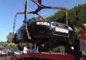 В Сочи автомобилисты донесли на алиментщика, который ехал по обочине