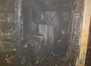 В Анапе у многодетной семьи сгорел дом