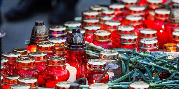 В Краснодаре в память жертв терактов зажгут свечи у собора Александра Невского