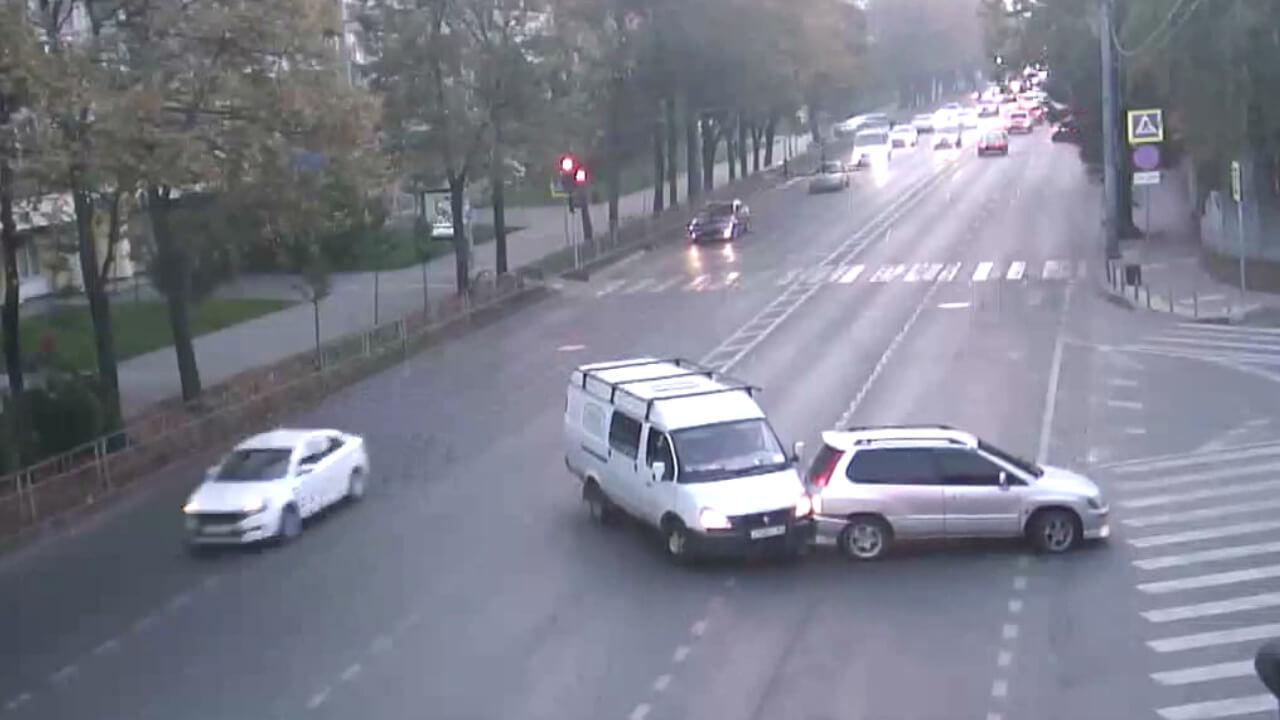 Видео ДТП в Краснодаре за 20.10.19