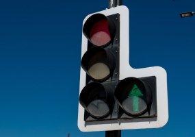 В Краснодаре на пересечении улиц Тургенева и Яна Полуяна днем отключат светофоры