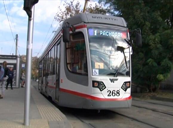 В Краснодаре на новый маршрут вышли девять вагонов