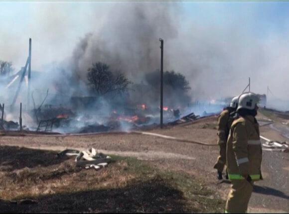 Крупный пожар в Темрюкском районе: погорельцам уже выплатили 4 млн рублей