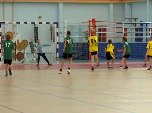 В Славянске-на-Кубани прошло первенство края по гандболу среди юношей