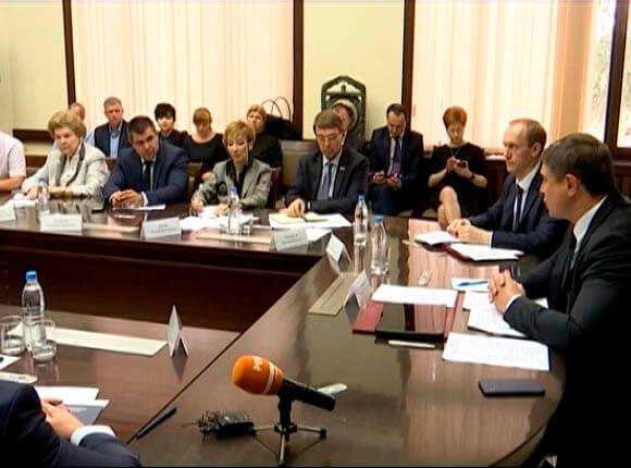 В Сочи прошло профильное совещание по социально-экономическому развитию города