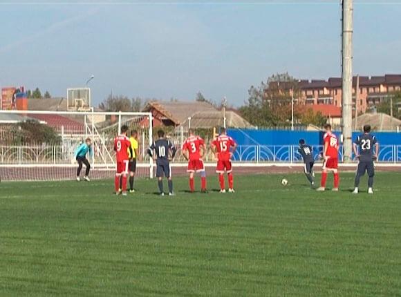 Стали известны участники полуфинала чемпионата Краснодарского края по футболу