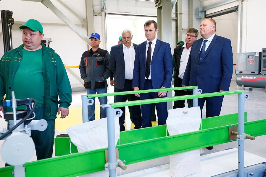 В Брюховецком районе в цех по производству премиксов инвестировали 20 млн рублей