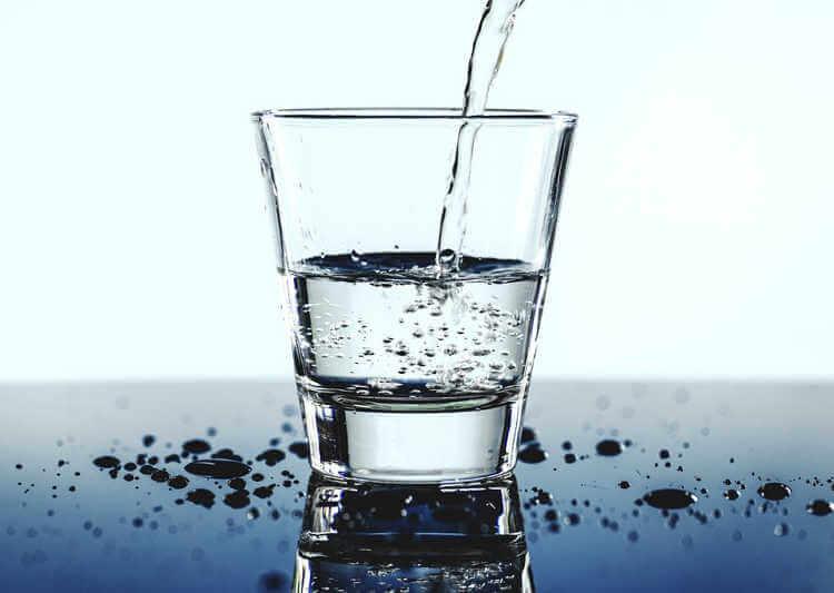 вода из туалета, ресторан