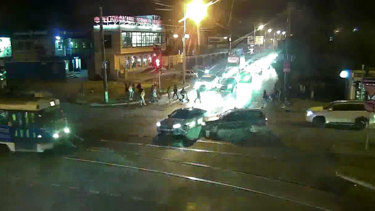 Видео ДТП в Краснодаре за 13.11.19
