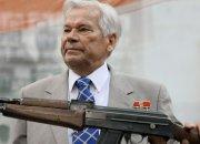 Сержант, вооруживший Варшавский блок: 100 лет Михаилу Калашникову