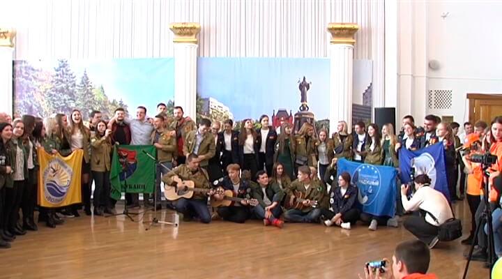 Праздник тружеников: как на Кубани продолжают традиции стройотрядов