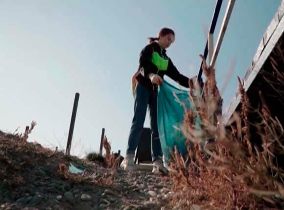 Жители Новороссийска спасли Суджукскую лагуну от засухи