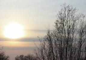 До лампочки: как бороться с осенне-зимней хандрой с помощью освещения