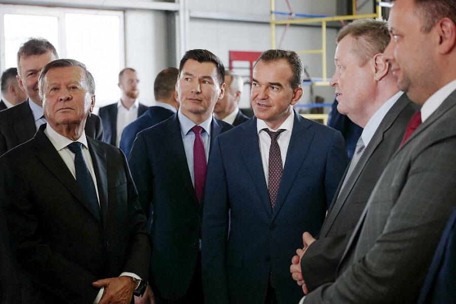 Кондратьев: развитие газовых заправок принесет ощутимый экономический эффект