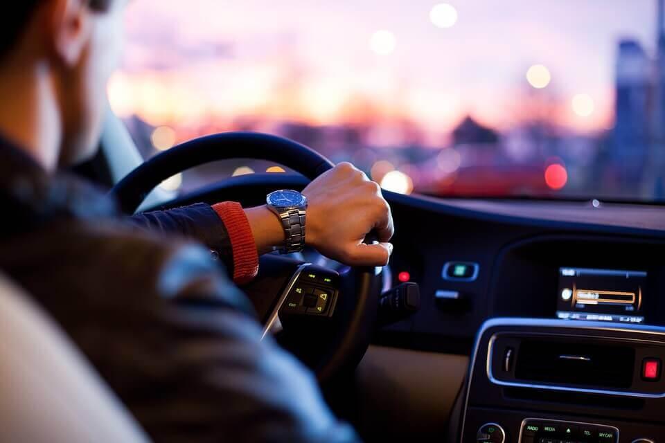 ПДД для «чайников»: как избежать аварии неопытному водителю