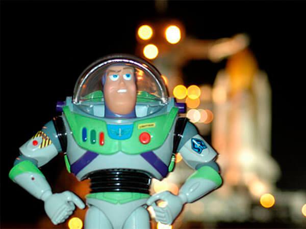 Звездный хлам: самые странные вещи, которые побывали в космосе