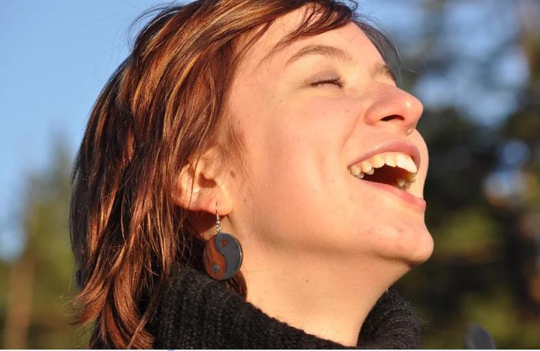 Шутки в сторону: человек действительно может умереть от смеха