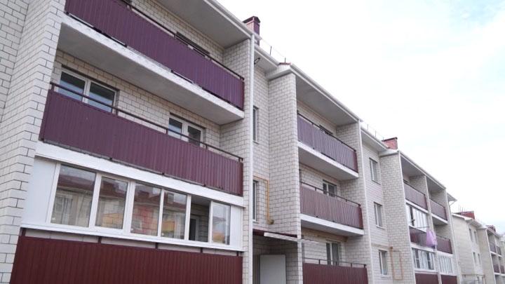 Из аварийных зданий в Кропоткине начали расселять жильцов