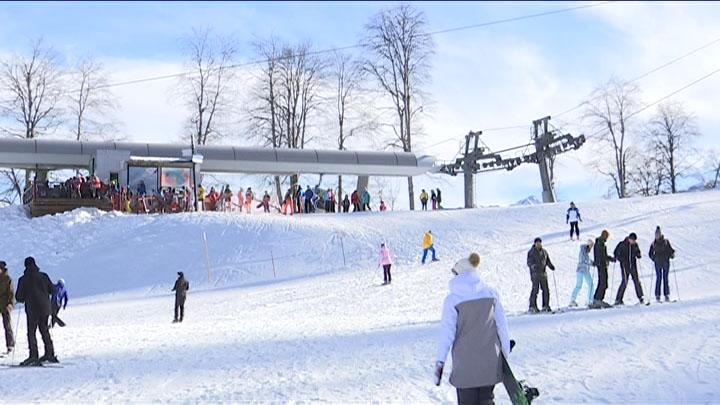 На сочинском курорте «Роза Хутор» отпраздновали начало горнолыжного сезона