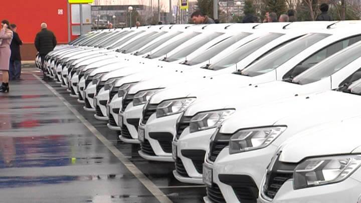 На Кубани в гаражи районных советов ветеранов прибыли 58 новых автомобилей