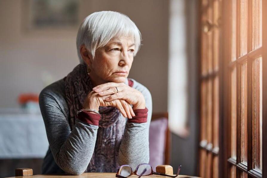 Дементоры не пройдут: риски возрастной деменции видны уже в 50 лет