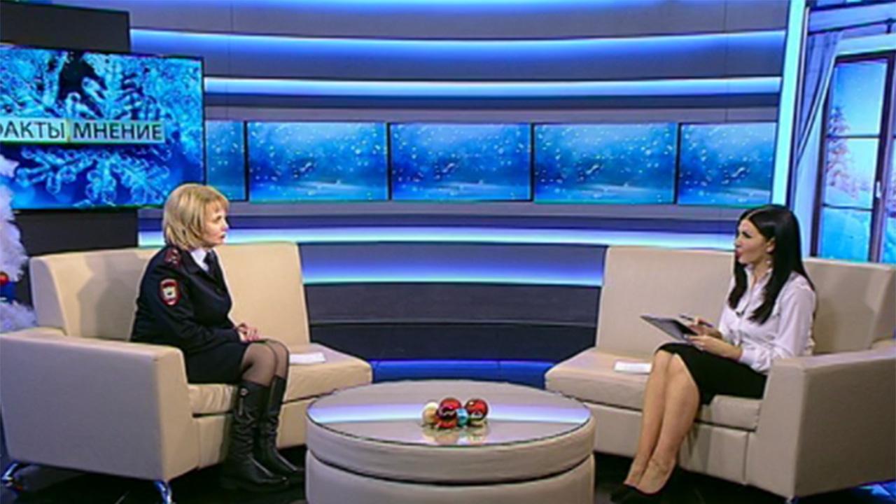 Ирина Безуглова: вручать российские паспорта всегда нужно торжественно