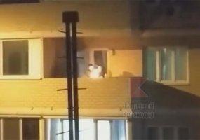 В Краснодаре жильцы многоэтажки жарили шашлыки на общем балконе