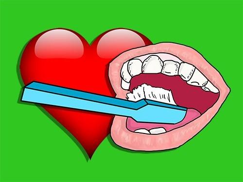 Проблемы с сердцем? Нужно чаще чистить зубы!