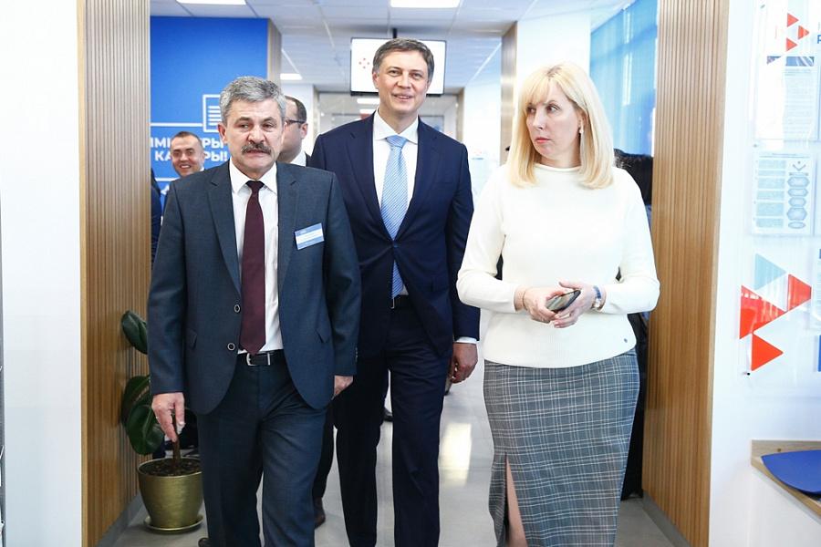 В Краснодаре после ремонта открыли центр занятости населения «Работа России»