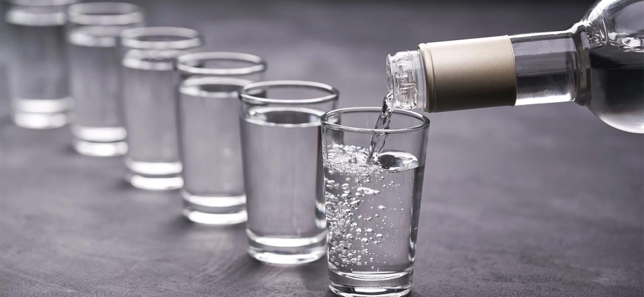Русская водка: «национальность», крепость, цена