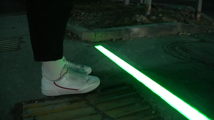 В Новороссийске появился первый в крае «светофор под ногами»