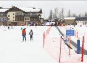 В Сочи детей с ментальными расстройствами и инвалидов учат кататься на лыжах