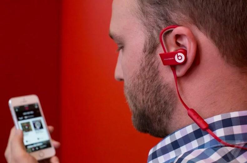 наушники, потеря слуха, музыку