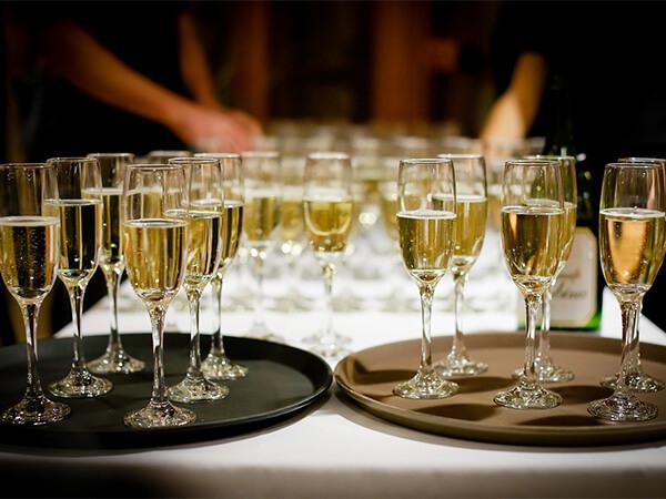 Злоупотребление спиртным в Новый год приводит к алкогольной депрессии