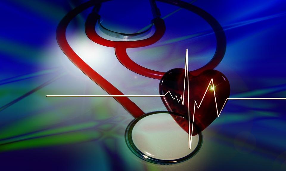 болезни сердца, время года, женщины