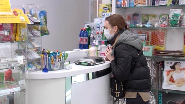 Кубанцы сообщили о росте цен на медицинские маски из-за коронавируса в Китае