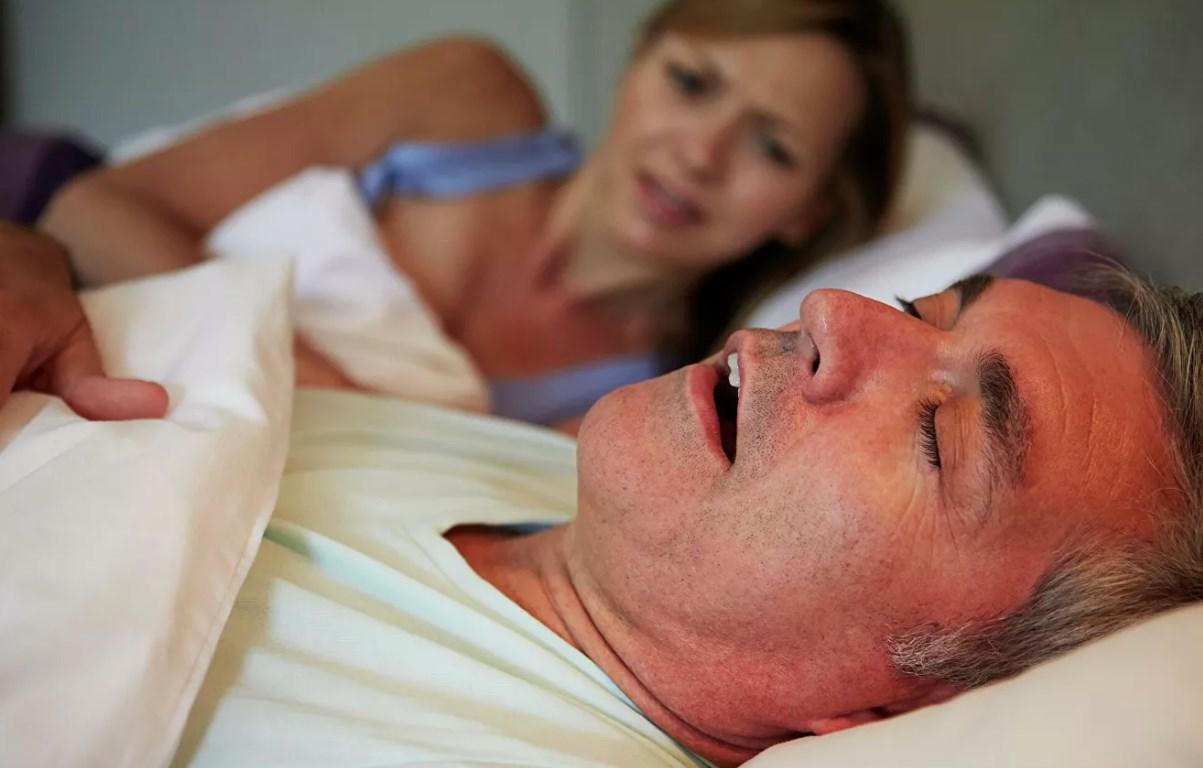Без кислорода: храп может быть признаком серьезных проблем создоровьем