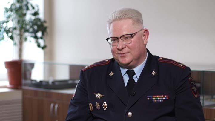 Начальник ЭКЦ ГУ МВД РФ по краю: желаю всем приходить на работу с легким сердцем