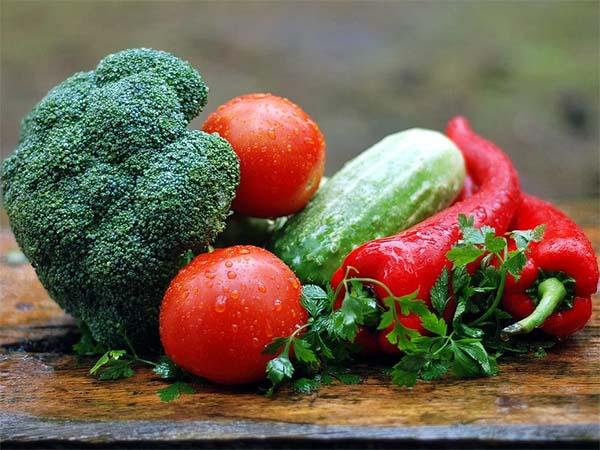 Ученые нашли связь между тревожными расстройствами и нехваткой овощей в рационе