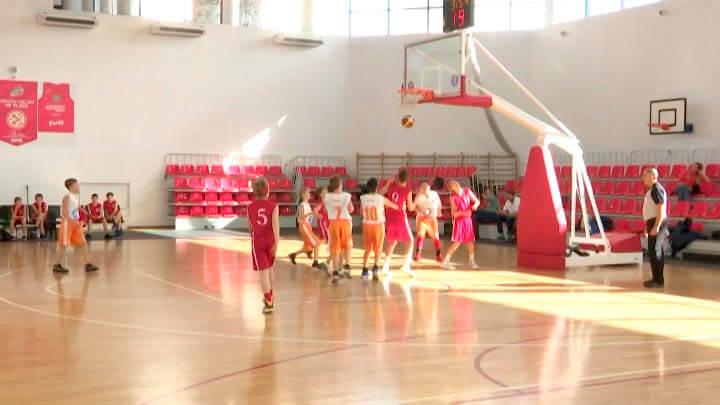 В Краснодаре стартовал краевой турнир по баскетболу на призы Алексея Саврасенко