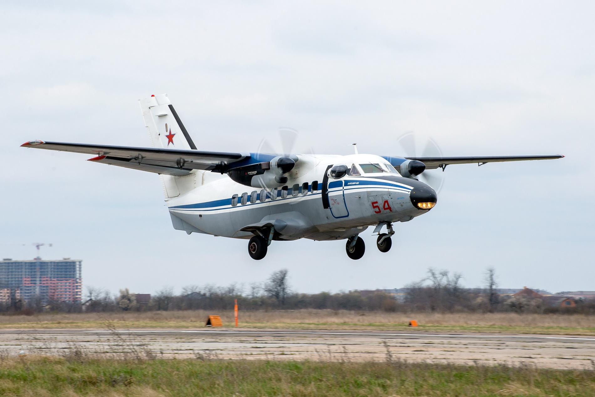 Курсантки военного училища в Краснодаре совершили первые полеты