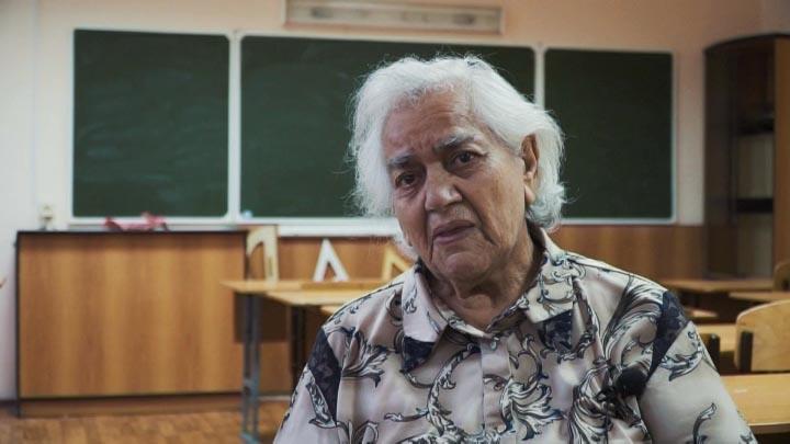 В Анапе заслуженный педагог РФ отметила 64-ю годовщину трудового стажа