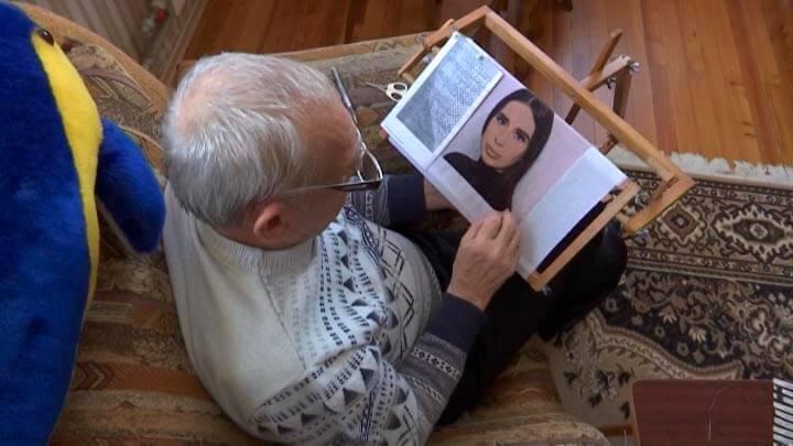В Ейске бывший военный вышивает портрет своей внучке к 8 Марта