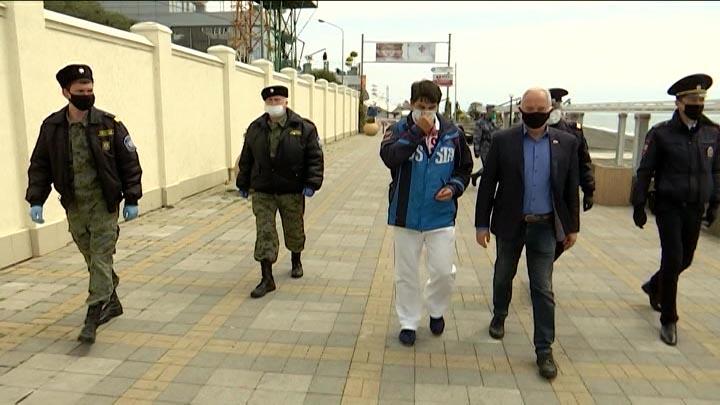 В Сочи составили более 1 тыс. протоколов за нарушение карантинного режима