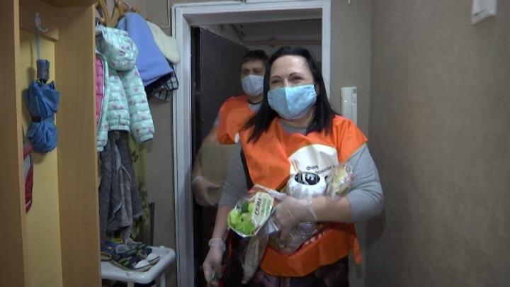 На Кубани для нуждающихся семей собрали больше тонны круп, муки и сахара