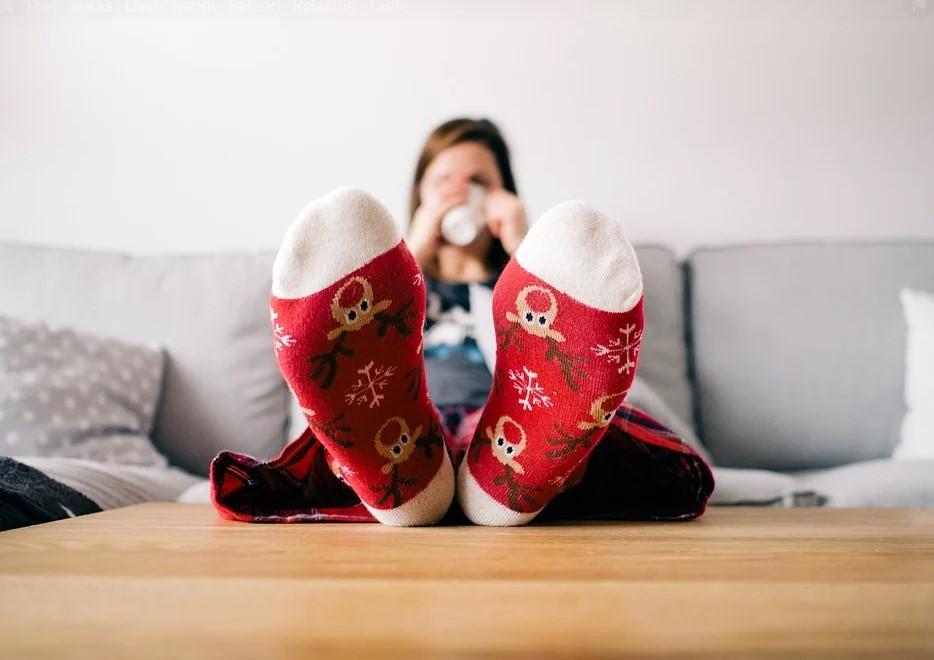 самоизоляция, настроение, носки