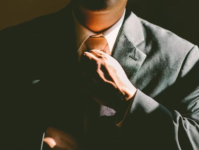 финансовый успех, одиночество
