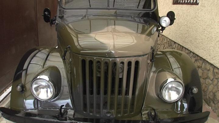 Житель Усть-Лабинска отреставрировал авто, на котором проездил 50 лет