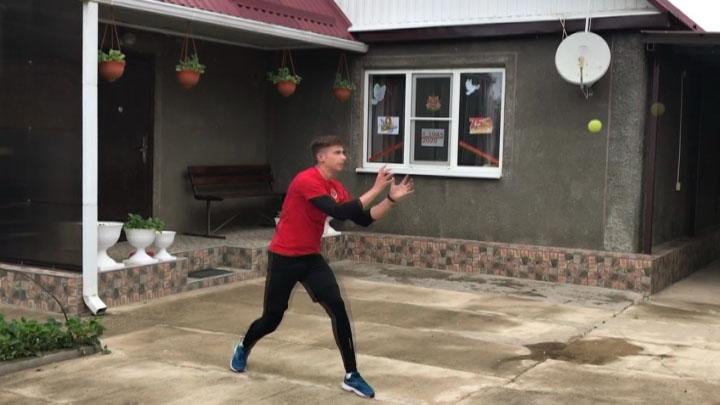 Как президент краевой федерации софтбола Александр Симонов проводит карантин