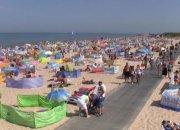 Вирусологи считают, что заразиться COVID-19 на пляжах почти невозможно